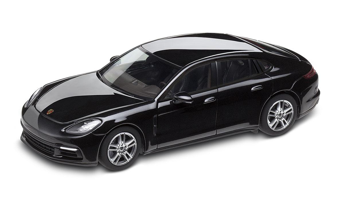 Panamera G2 Jet Black Metallic 1 43 Panamera Model Cars Porsche Driver S Selection